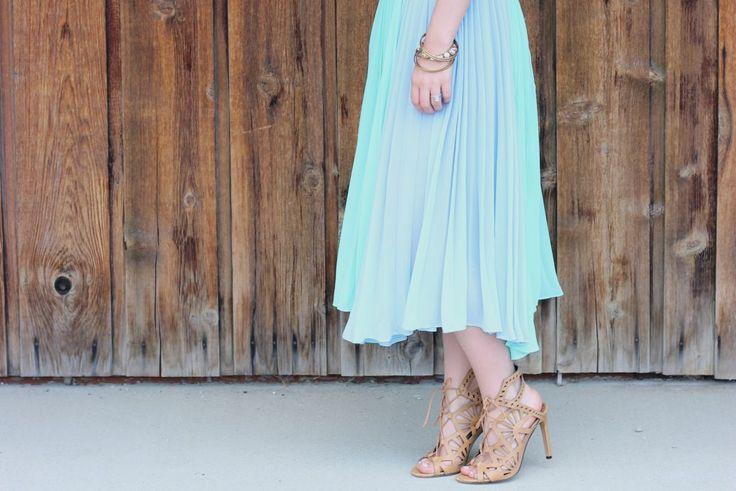 turquoise dress // CLEfashionista