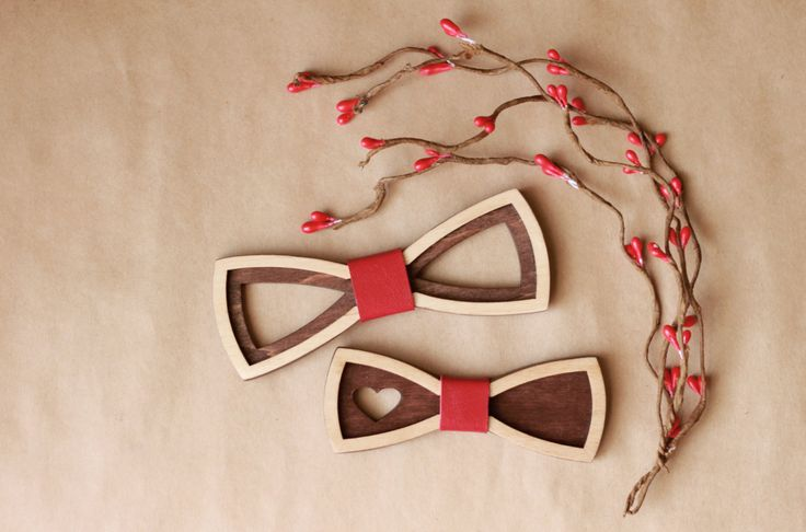 Set of two bow ties: Standard size for men and Small size for women or kids…