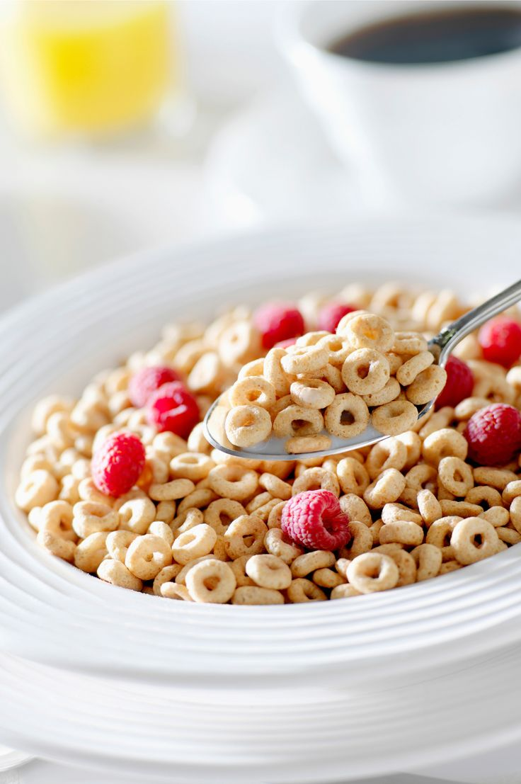 """It looks like Cheerios had it right the whole time! Whole-grain cereals are naturally low in fat and high in fiber, and according to researchers can decease the size of your waistline. One study showed that men and women who consumed more whole-grain cereals had a much lower body mass index (BMI) and less abdominal fat. """"This study takes the evidence a step further and shows that people who eat more whole-grain foods have lower abdominal fat,"""" says lead researcher Nicola McKeown…"""