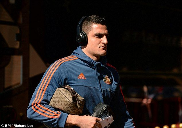 Vito Mannone says Sam Allardyce 'needs to stay' at Sunderland even if the Black Cats are relegated to the Championship