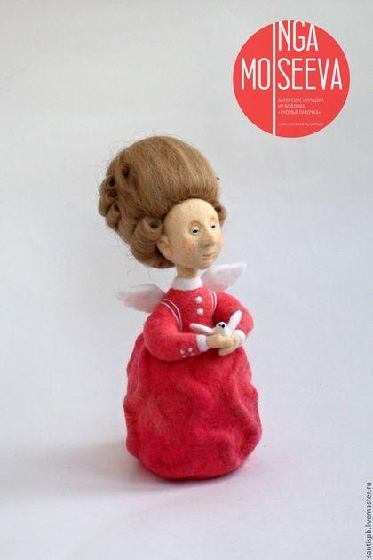Человечки ручной работы. Ярмарка Мастеров - ручная работа. Купить Кукла войлочная Любовь. Handmade. Розовый, парик, фрейлина, голубь