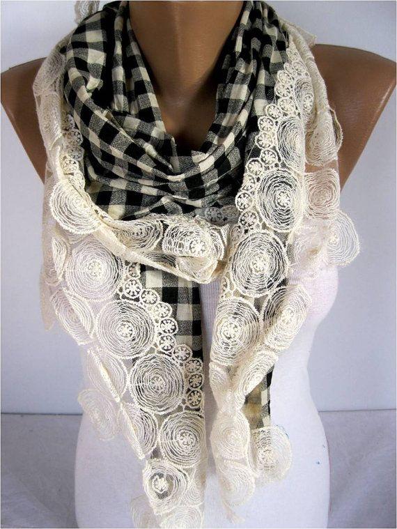 NEWScarf Elegant scarf