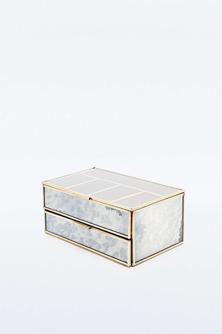 Antique Jewellery Box in Gold