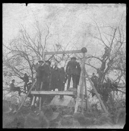 Hanging of.Jack McCall. He murdered.Wild Bill Hickcok