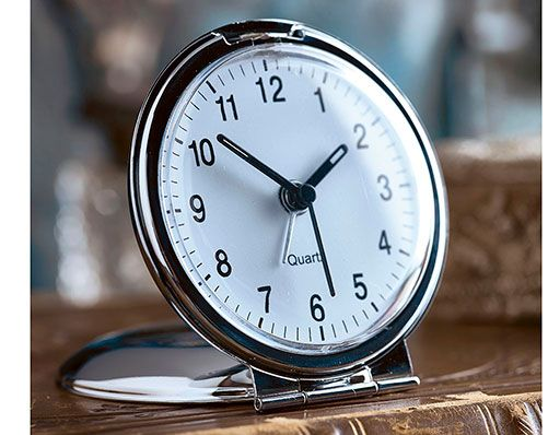 Round Travel Clock (1)