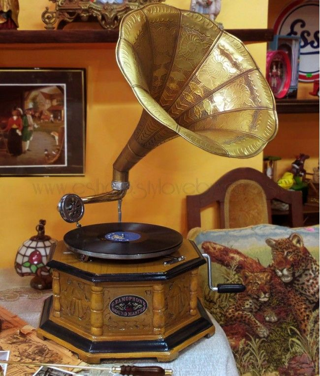Gramofón na kľuku