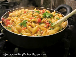 Project Housewife: Foodie Friday 22 taco pasta, for taco Tuesday since I'm