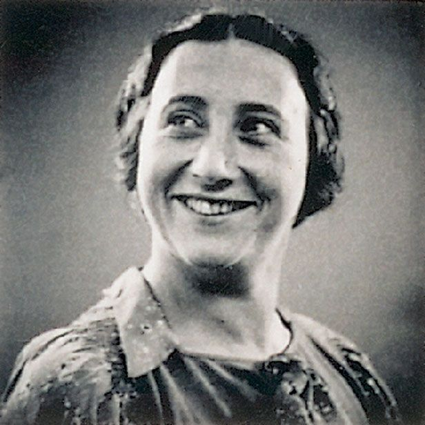 In her book anne frank remembered miep gies writes about edith in her book anne frank remembered miep gies writes about edith frank in the secret annex what troubled her edith frank but which she didnt fandeluxe Epub