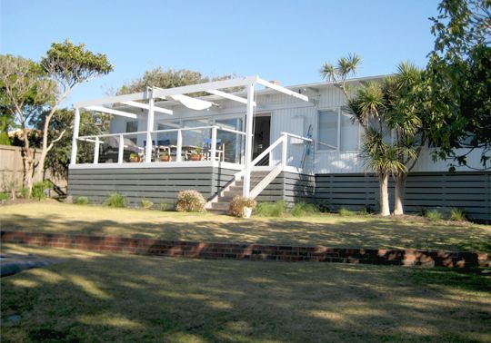 Australian 60s Beach House Outdoor   Outdoor   Spaces   Share Design   Home, Interior & Design Inspiration