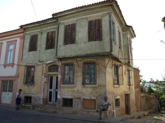 The home of Elias Venezis, Ayvali. Of the 3000 men of Ayvali who were sent to a labour battallion into the interior of Turkey, only 24 survived. One of them was Elias Venezis who later wrote a chilling memoir of his ordeal.