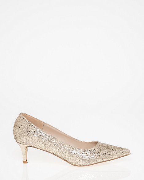 LE CHÂTEAU: Glitter Pointy Toe Pump