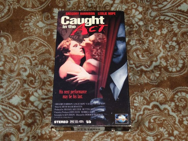 Caught in the Act (VHS, 1994) Rare OOP 1st MCA Leslie Hope Thriller *NOT ON DVD*