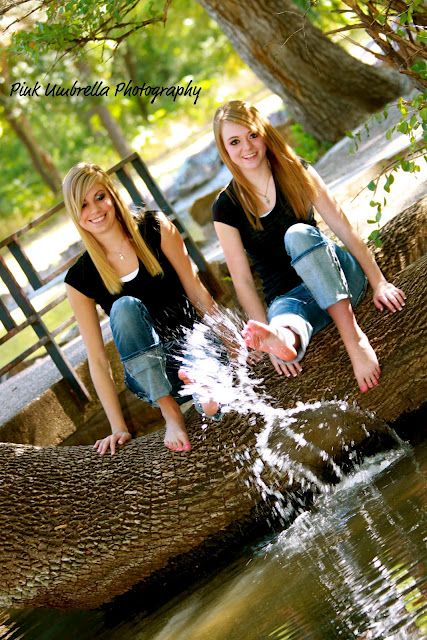 Best friend photography ideas @Kimberly Peterson Moore we should do our pics! (: