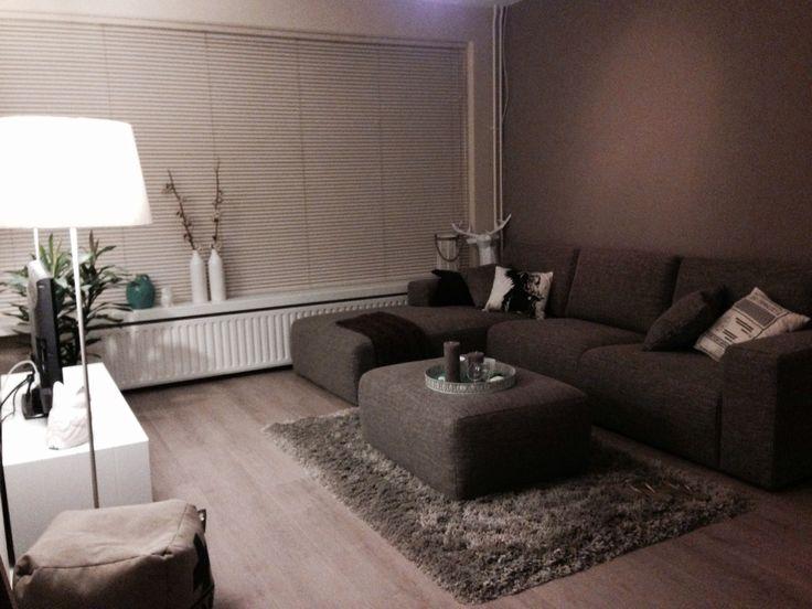 25 beste idee n over bruine meubels decor op pinterest for Bruin grijs interieur