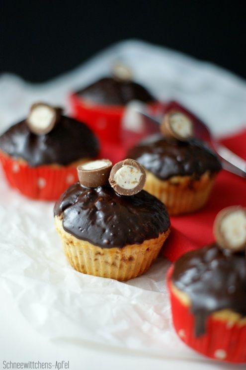 Einen schönen Pfingstsonntagmorgen wünsche ich allen! :-)     Das Rezept für die Schokobon-Kinderschokolade-Muffins habe ich an Ostern mein...