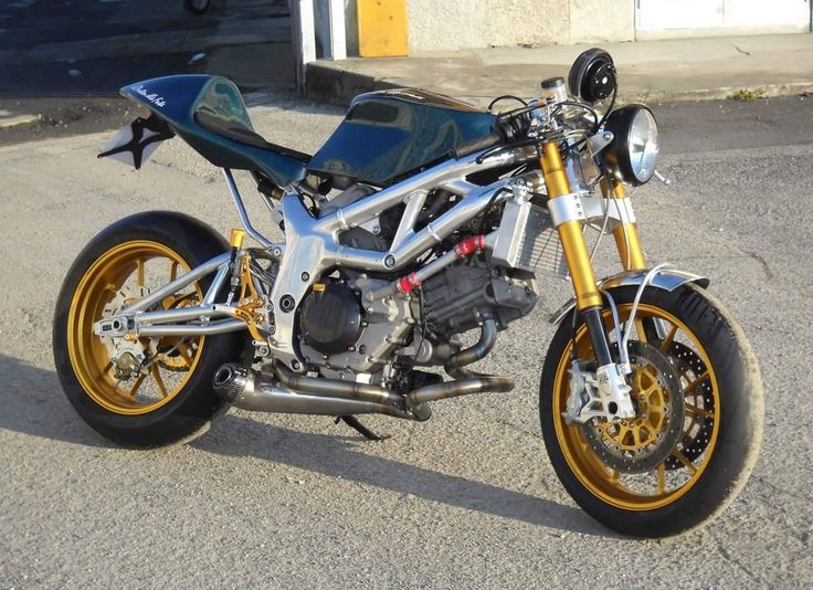 Special edition cafe racer style  2002 Suzuki  SV 650 . Made in Italy by Rosmoto