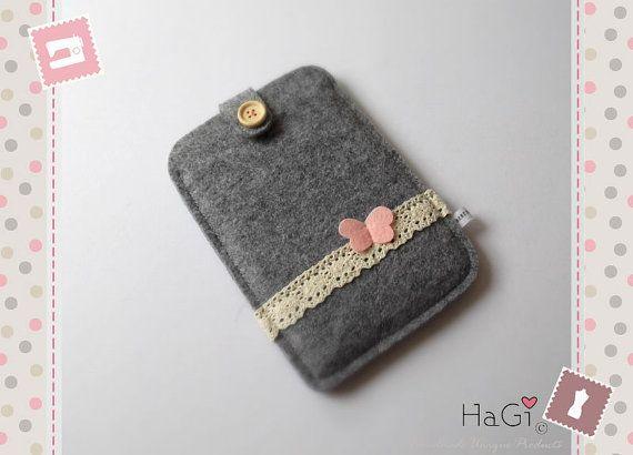 Felt Kindle Case Handmade EReader Case by HerzigGenaehtes on Etsy, €19.80