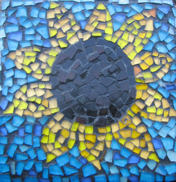 Mosaic stepping stones for the garden