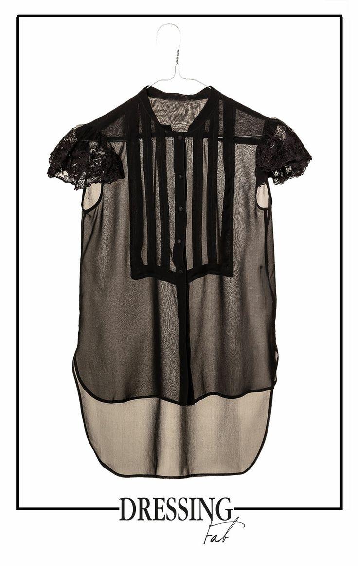 L'elegante trasparenza #scervinostreet. Scopri le nostre proposte speciali. http://bit.ly/1nd6zKM #fashion #brand #madeinitaly #shoponline #dressingfab