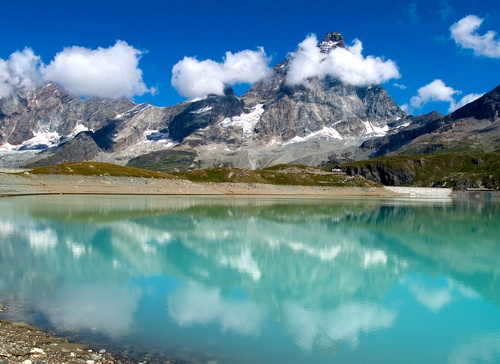 Water reflecting the Matterhorn, seen from Cervinia, Italy.: Da Italia It, Cervino Italy, Places Illness, Places I D, Italia Italy, Dalle Italia, Italy Nicce, Italy 3, Breuil Cervinia