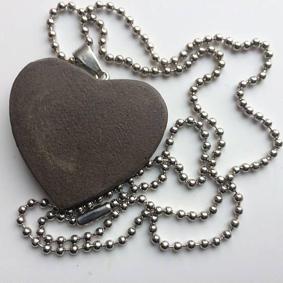 Heart CONCRETE beautifull jewelry necklace HEART Gray
