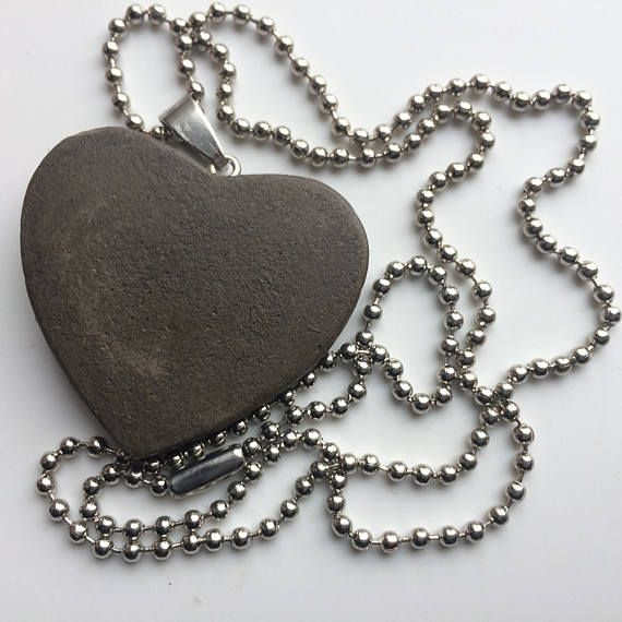 Heart CONCRETE beautifull jewelry necklace HEART Gray