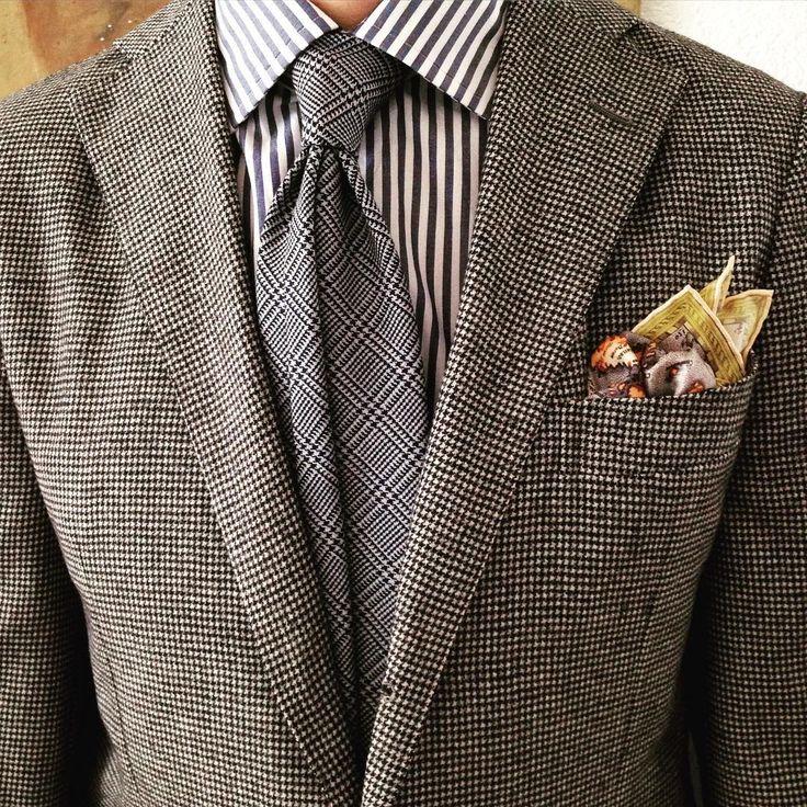 #ootd #ootdmen #outfit #wiwt #bespoke #bespoketailoring #lookbook #tailored #fashionblogger #menswear #mensclassic #mensfashion #mensclothing #fashion #handmade #class #tie #suitandtie #sartorial #igfashion #igdaily #dappermen #style #gentleman...