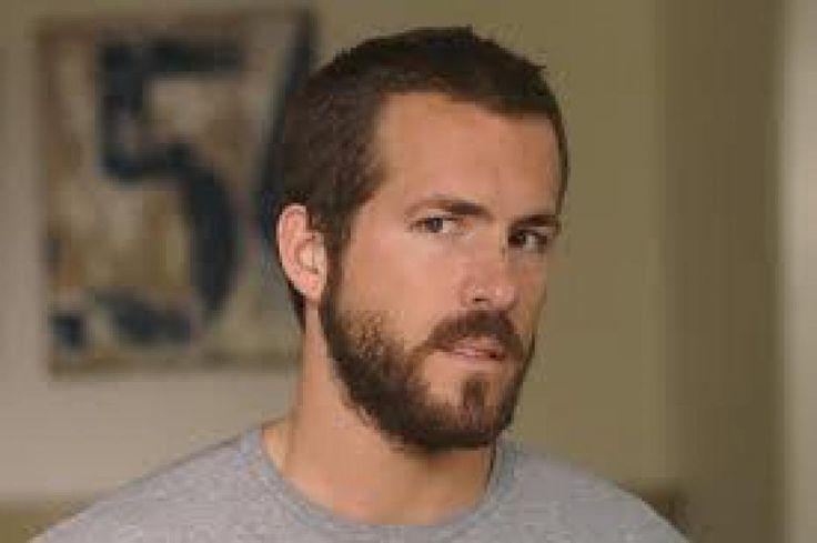 Ryan Reynolds : Ryan Reynolds partage l'affiche de son prochain film ...