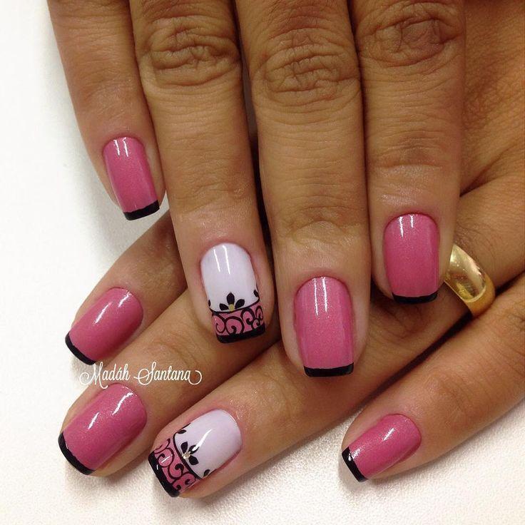 By Madáh Santana Nail Art в Instagram: «Nails #mimo #Rosa #filha #única #arabescos #madahsantana #manicure #nailartes #naoéadesivo #tudofeitoamaolivre #traçolivre ❤️»