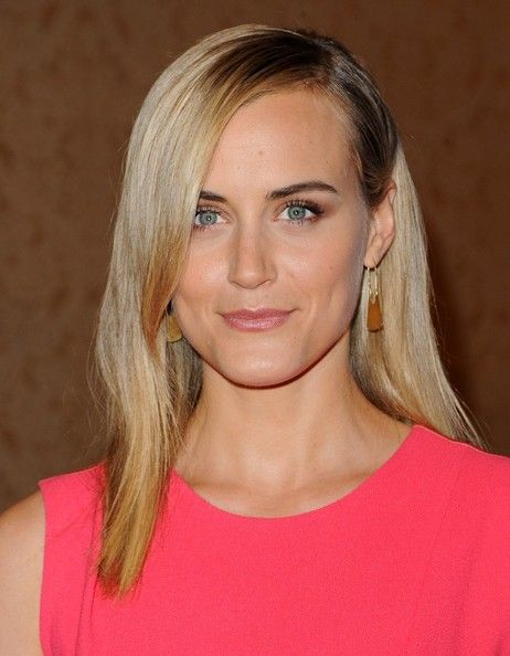 Taylor Schilling Super Straight Side Sweep