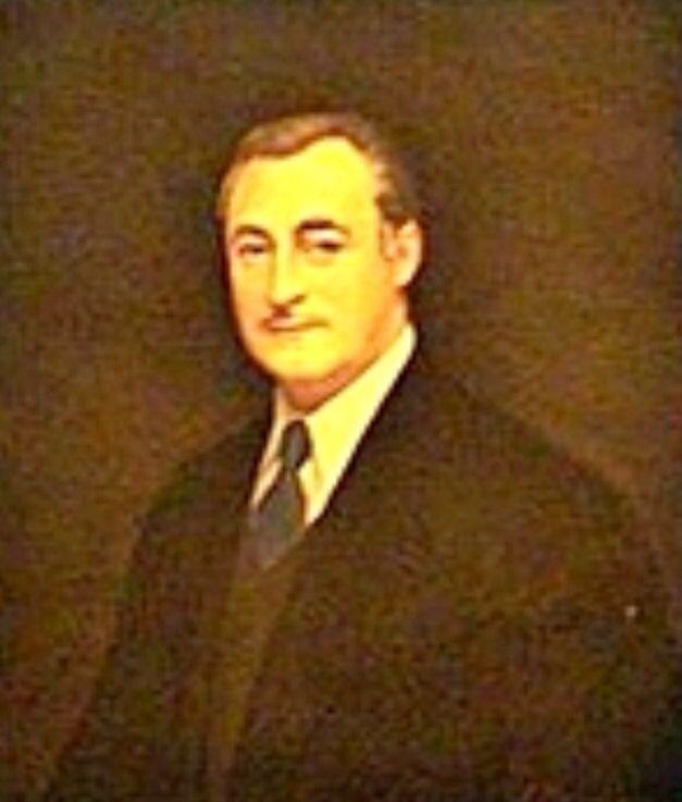 Miguel Primo de Rivera Sáenz de Heredia (1904-64). Gobernador de Madrid al finalizar la Guerra Civil hasta 1941. Ministro de Agricultura 1941-45. Alcalde de Jerez de la Frontera en 1947. Embajador en el Reino Unido desde 1951 a 1958