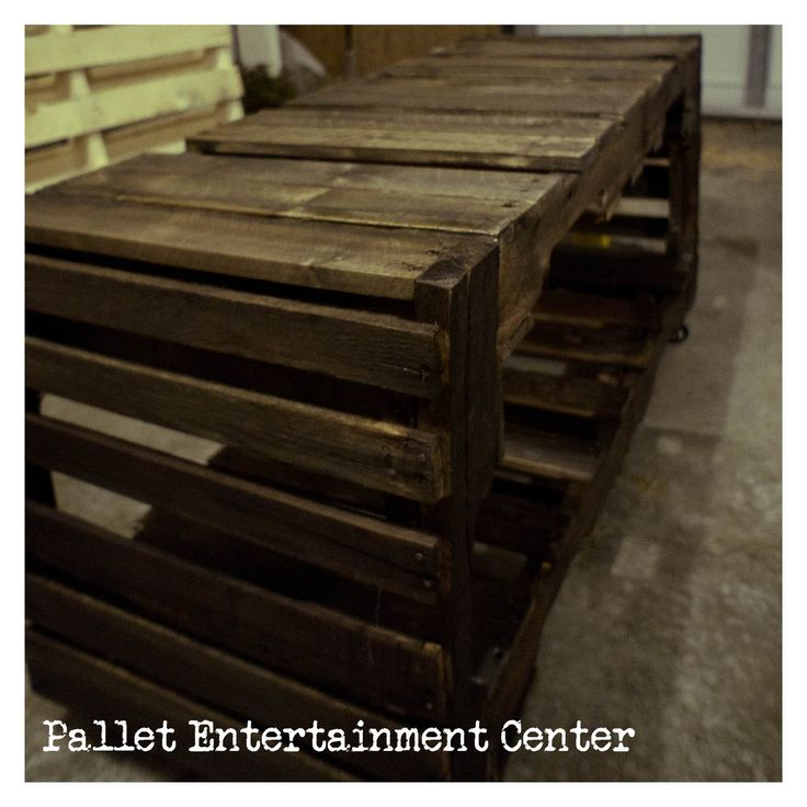 A Fraying Memoir: Pallet Entertainment Center Tutorial