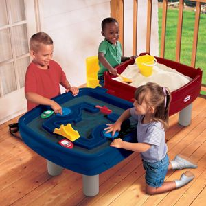 Best Toys For Kids 2016: 3 Of The Coolest Sand And Water Tables For Toddlers