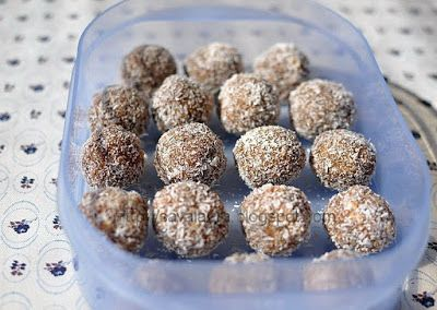 Cartofi din biscuiti si cacao | Retete culinare cu Laura Sava