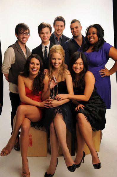the whole fuckin Glee cast