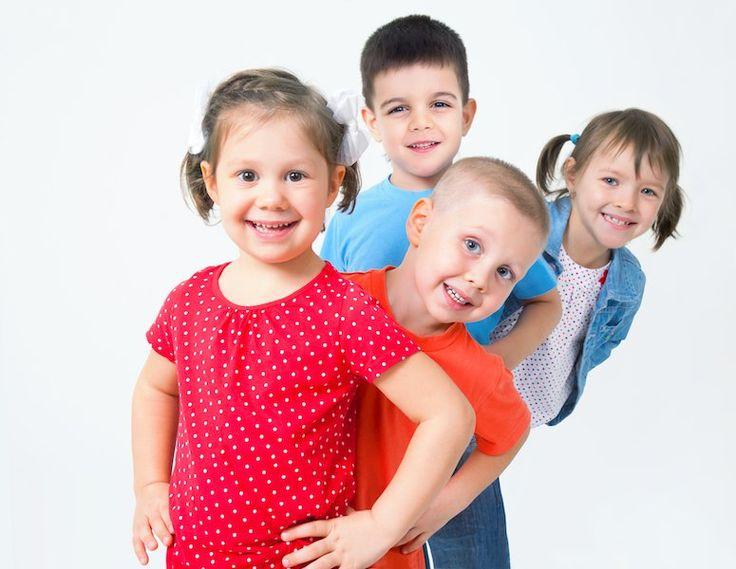 Μερικά από τα συνήθη ερωτήματα που απευθύνουν οι γονείς στον Παιδίατρο αφορούν την αύξηση του παιδιού και είναι συγκεκριμένα: 1. Το παιδί ψηλώνει φυσιολογικά; 2. Πόσο ψηλό θα γίνει όταν ...