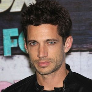 James Carpinello (American, Film Actor) was born on 13-08-1975.  Get more info like birth place, age, birth sign, biography, family, relation & latest news etc.