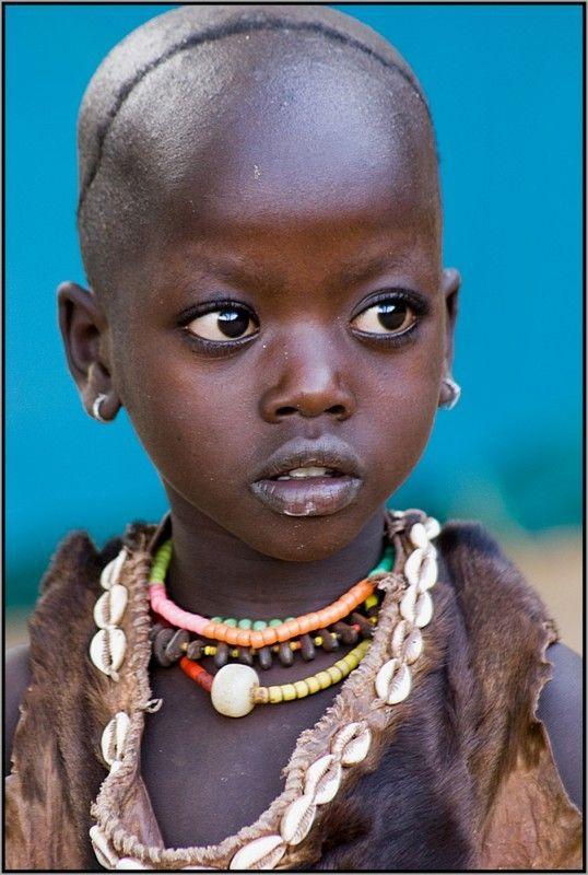 Brown eyed girl - foto gemaakt in Ethiopië