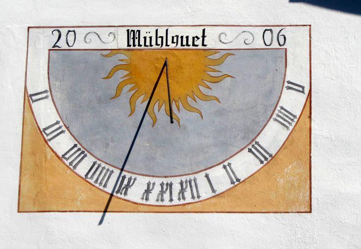 https://flic.kr/p/xmG78x | Modern sundial (2006) in Rablà
