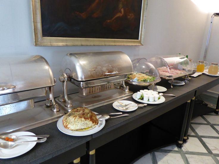 """Prima colazione, """"Grand Hotel Santa Lucia"""", Napoli Italia (Luglio)"""