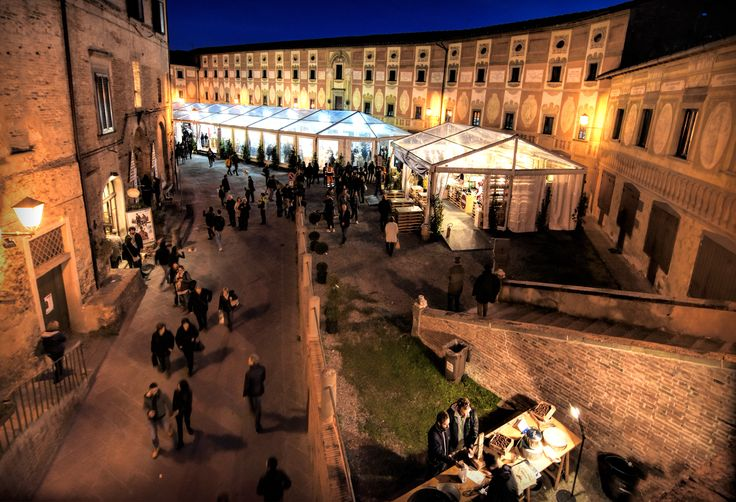 Welcome to the White Truffle Fair in San Miniato  Photo credit: Alessio Grazi