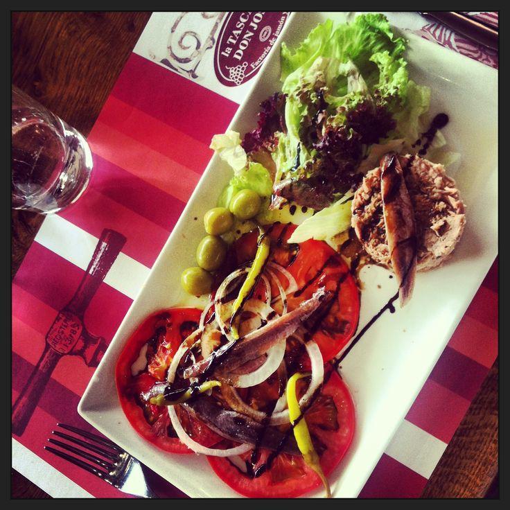 Tomato & tuna salad at Pamplona