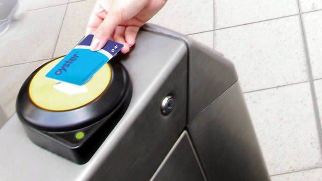 Oyster Cards and Travelcards in London - Traveller Information -