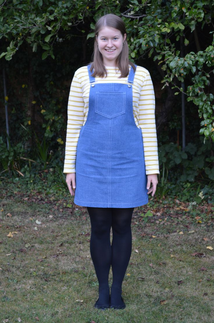 Tilly and the Buttons Cleo dungarees in blue denim | understitcher.wordpress.com