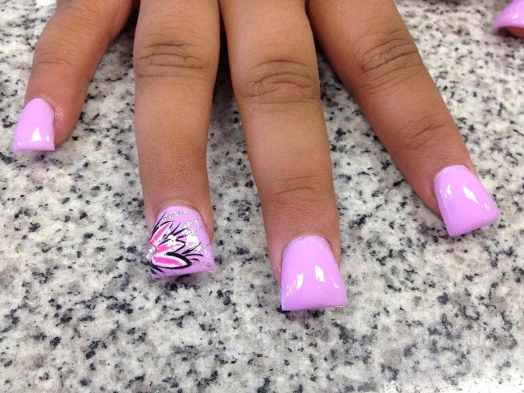Duck feet nails with design