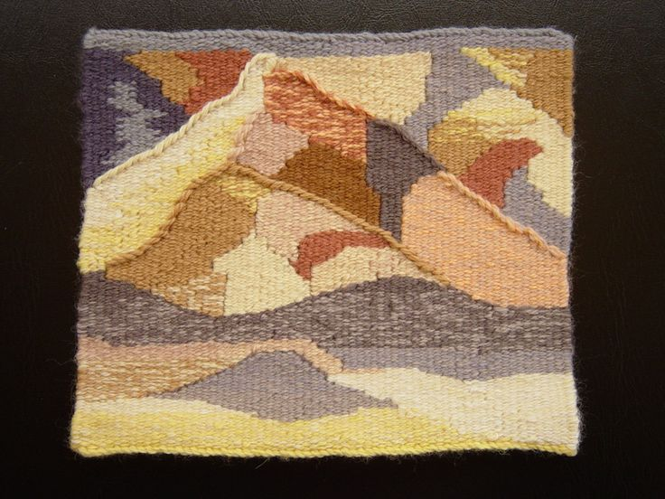 Lyn Collins, tapestry woven as part of Warp and Weft: Learning the Structure of Tapestry online course with Rebecca Mezoff. www.tapestryweaving.com