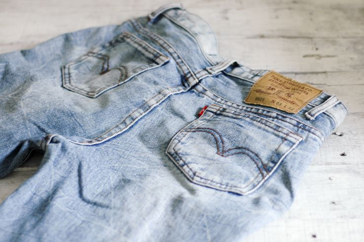 WikiHow to bleach jeans. Need to do this to my jeans that still fit but look worn out and don't want to spend the money on new jeans