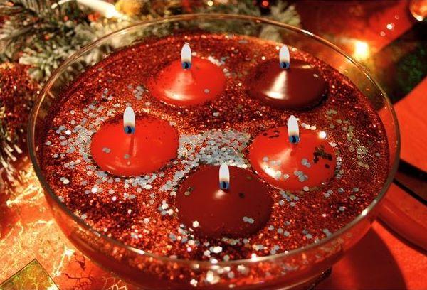 3 étapes pour créer des bougies flottantes http://www.rougeframboise.com/maison/3-etapes-creer-bougies-flottantes