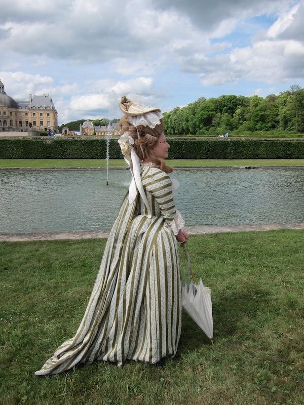 Piemontaise costume