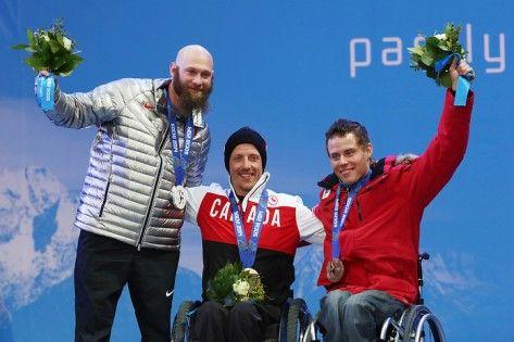 #Sochi - Josh Dueck (centre), Gold medal, Men's Super Combined Sit-Ski.
